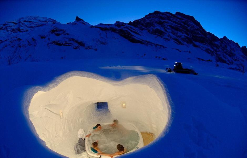 suisse nuit douillette dans un igloo. Black Bedroom Furniture Sets. Home Design Ideas