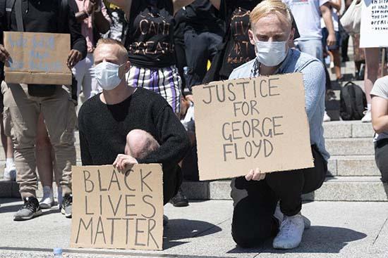 À Minneapolis, des manifestants déterminés pour dire non au racisme